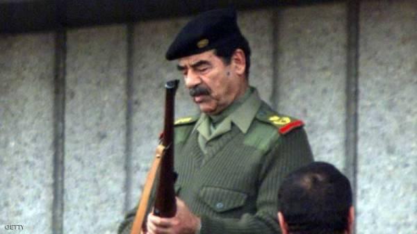 تذكار يمجد صدام حسين يثير الغضب في لندن