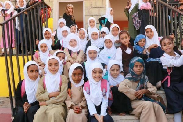 الهلال الإماراتي يعيد تأهيل 15 مدرسة في الساحل الغربي