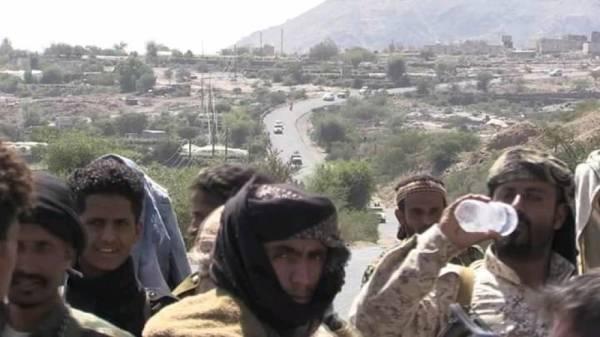 القوات الحكومية تصد تسللاً فاشلاً لمليشيا الحوثي وتقتل عدداً منهم بدمت الضالع