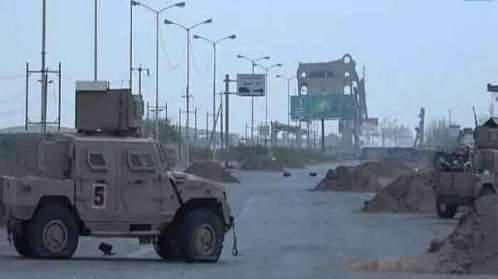 مليشيا الحوثي تعرقل مرور القافلة الإنسانية عبر كيلو 16 بالحديدة..!