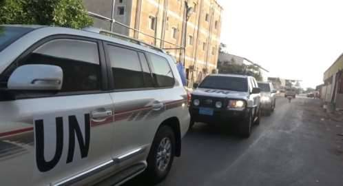 شاهد فيديو لحظة استهداف موكب الجنرال &#34باتريك&#34 من قبل مليشيا الحوثي بالحديدة..!
