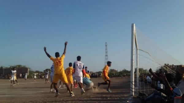 الهلال يحسم تأهله إلى المركز الثالث في كأس المخا لكرة القدم