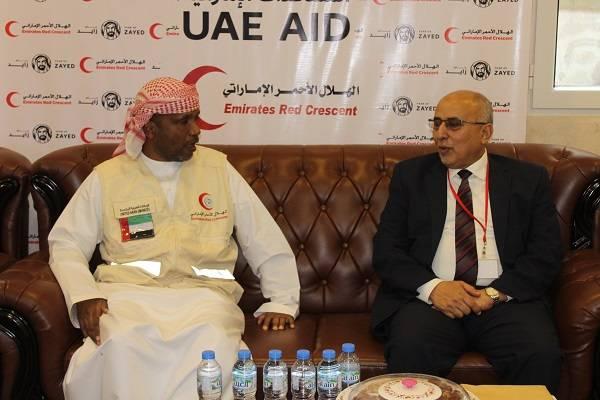 الهلال الأحمر الإماراتي يعزز تنسيق الجهود الإغاثية مع اللجنة العليا للاغاثة باليمن