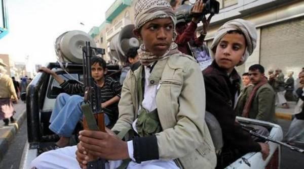 المليشيا تضاعف من استخدام الأطفال في حربها وتستحدث مراكزا لتدريبهم القتالي وتعبئتهم طائفياً..!