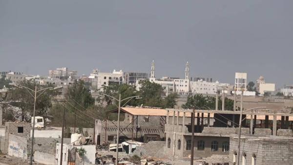 مليشيا الحوثي تحشد مقاتلين جدد حول التحيتا وتقصف الدريهمي