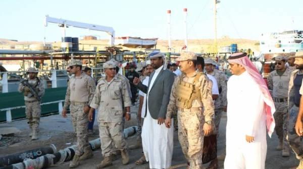 2100 طن من المشتقات النفطية السعودية تصل المهرة لدعم توليد الكهرباء