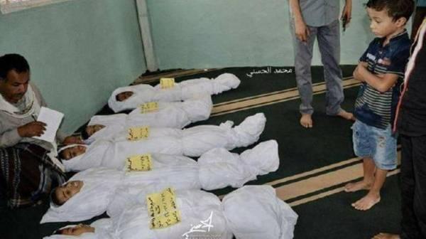 وكيل محافظة حجة يقوم بزيارة قرية شليلة بعد تعرضها لهجوم صاروخي للمليشيا الحوثية