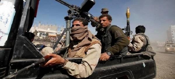 مليشيا الحوثي تختطف عشرات المدنيين وتمهد لتفجير عدداً من المنازل بمديرية البيضاء