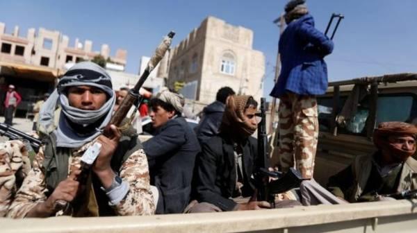 """مليشيا الكهنوت تختطف 12 شخصا """"بتهمة"""" الاحتفال و إيقاد شعلة عيد الوحدة اليمنية"""