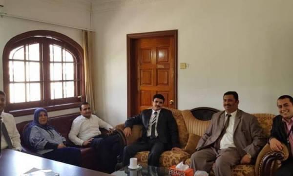 وكيل التعليم العالي يلتقي بممثلي طلاب اليمن بماليزيا ويبشرهم بصرف المستحقات و الرسوم الدراسية